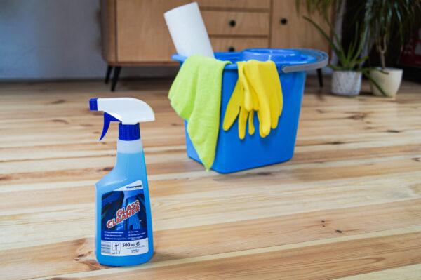 lakma-glass-cleaner-niebieski-plyn-do-mycia-szyb-okien-glazury-niebieskie-wiadro-zolte-rekawice-zielona-sciereczka-z-mikrofibry-reczniki-papierowe